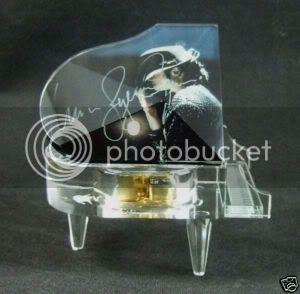 I want this.... (will be gettin soon) BVkZS1w2kKGrHgoOKjQEjlLmQu1cBKTK27D