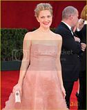 [Photos] Drew Barrymore - Emmy Awards 2009 (Sept 20th 09) Th_drew-barrymore-emmy-awards-2009-02