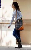 [Photos] Miranda Out and About in L.A (Oct 5th 09) Th_miranda-cosgrove-1049-1