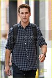 [Photos] Shia LaBeouf: Clean-Shaven Sexy (Sept. 9th 09) Th_shia-labeouf-clean-shaven-02