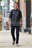 [Photos] Shia LaBeouf: Clean-Shaven Sexy (Sept. 9th 09) Th_shia-labeouf-clean-shaven-06