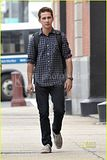 [Photos] Shia LaBeouf: Clean-Shaven Sexy (Sept. 9th 09) Th_shia-labeouf-clean-shaven-08