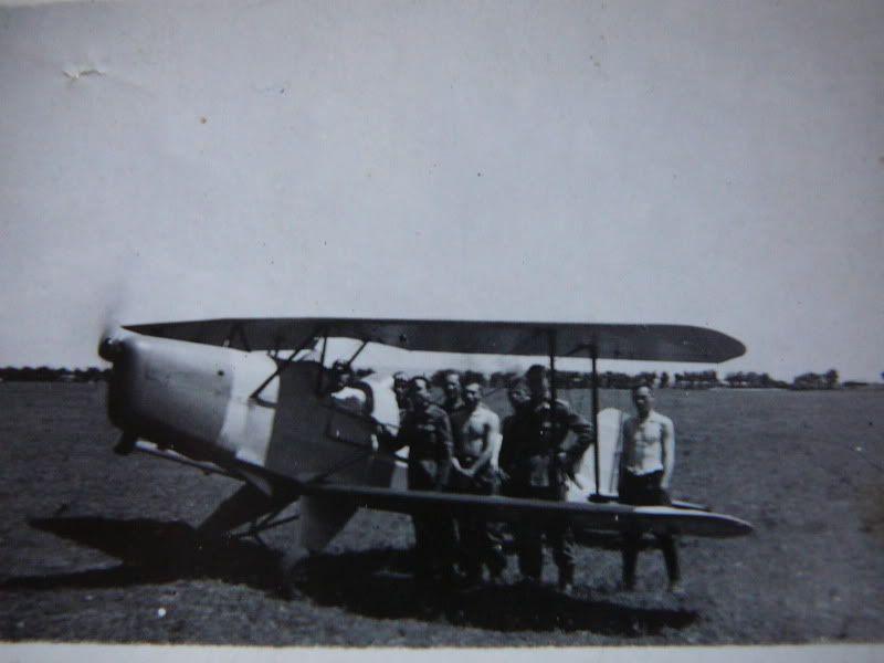 Personalitati remarcabile in aviatie - Pagina 4 P1040392