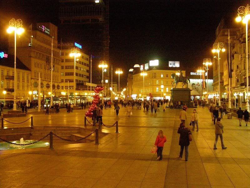 Zagreb na slici Jelacic2v