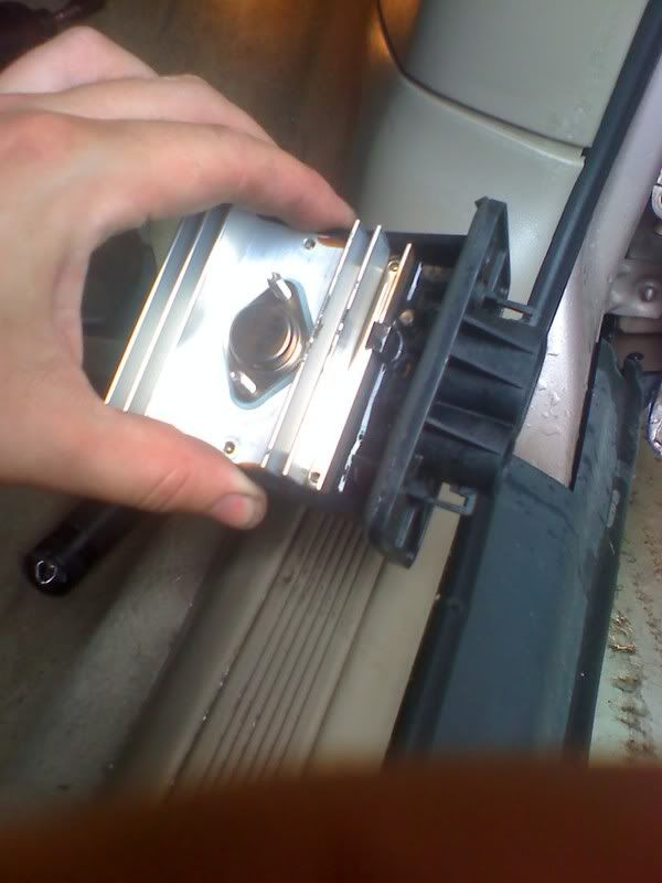 Write-Up: Blower Motor Control Module Replacement 100708_173105