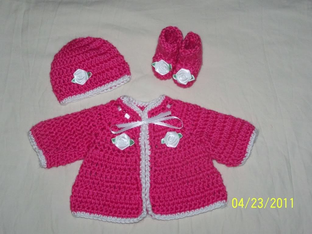 "Cute preemie sweater sets 15/17"" baby, great prices 001-13"