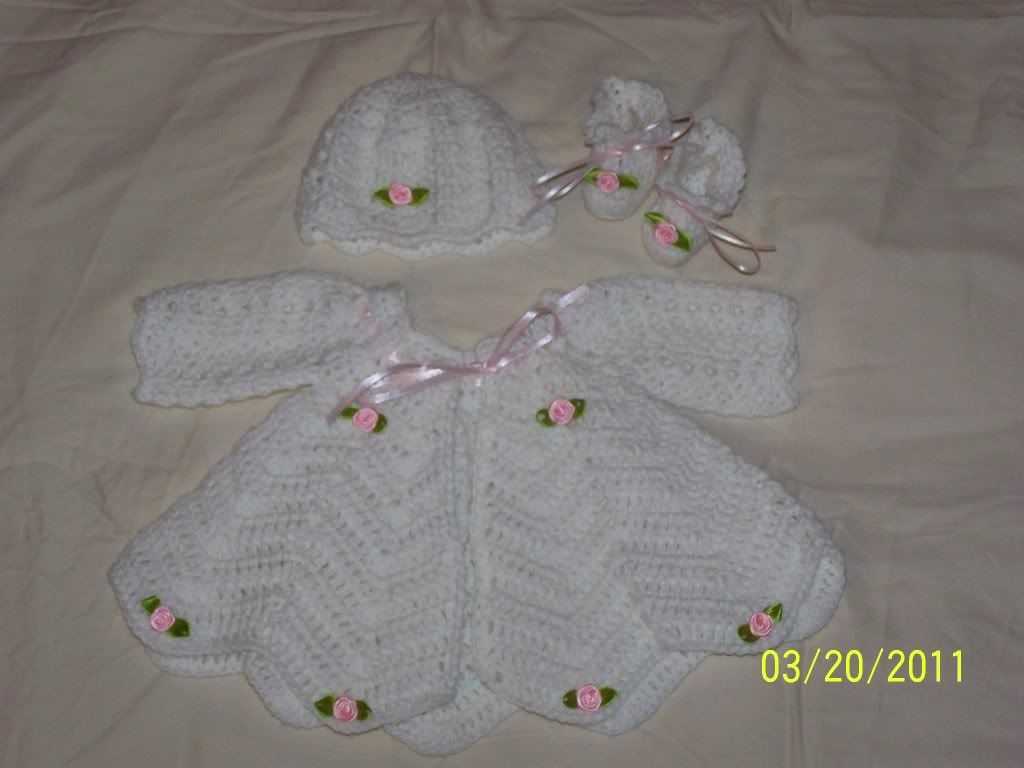 "new Angel Wings Sweater Sets 19/21"" newborn and preemie  001-18"