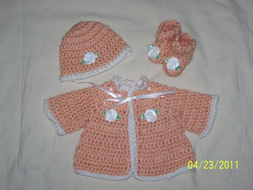 "Cute preemie sweater sets 15/17"" baby, great prices 002-14"