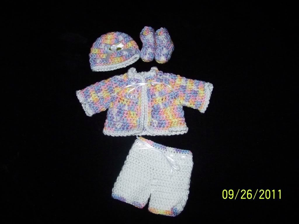 "Cute preemie sweater sets 15/17"" preemie baby 002-22"