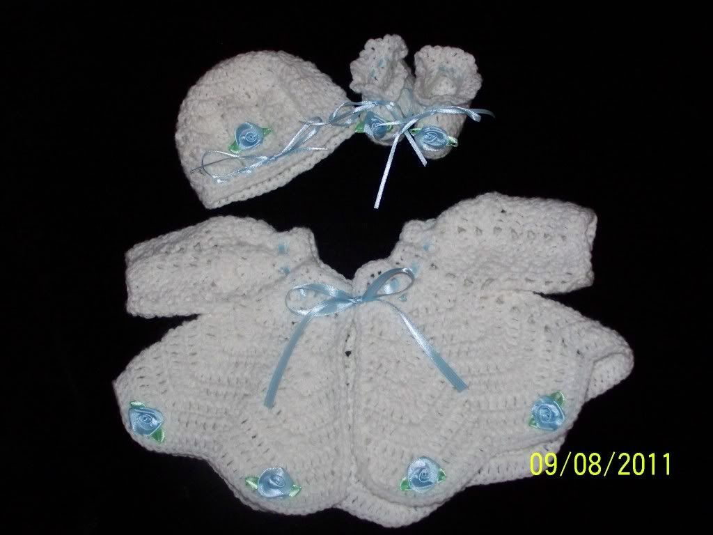 "new Angel Wings Sweater Sets 19/21"" newborn and preemie  002-23"