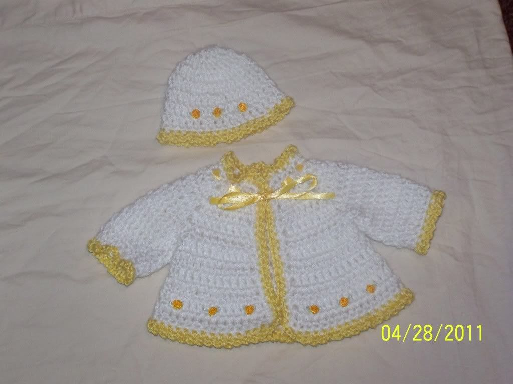 More Cute preemie sweater sets  great price 003-11