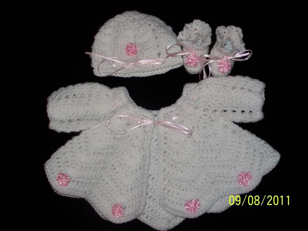 "new Angel Wings Sweater Sets 19/21"" newborn and preemie  007-17"