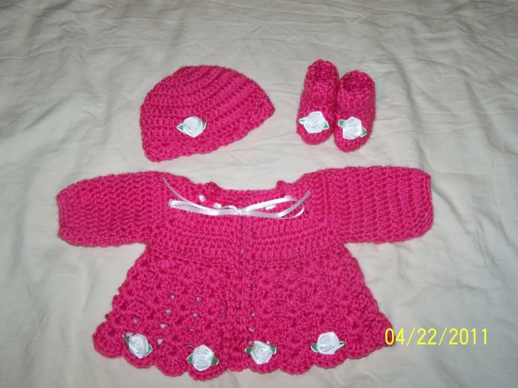 "Cute preemie sweater sets 15/17"" baby, great prices 013-4"