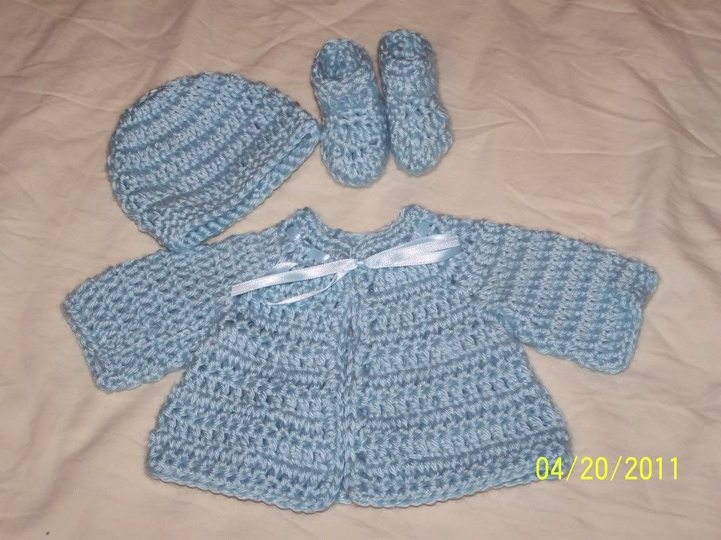 "Cute preemie sweater sets 15/17"" baby, great prices 018-1"