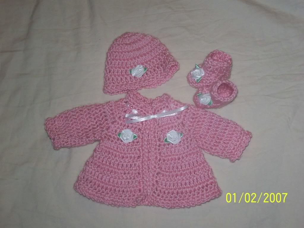 "Cute preemie sweater sets 15/17"" baby, great prices 019"