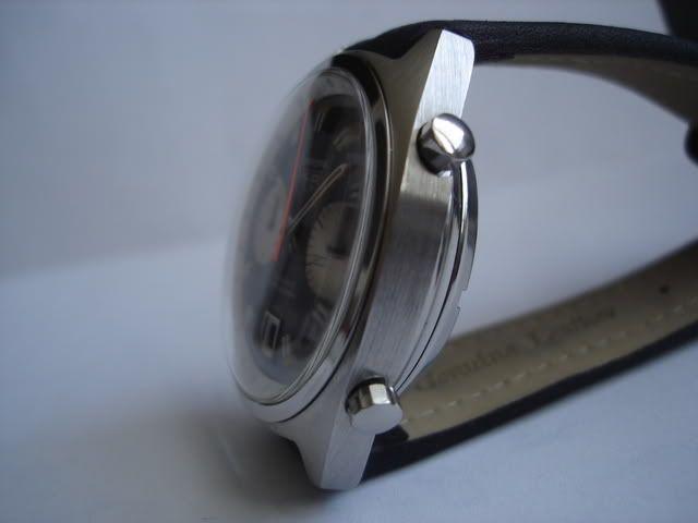 Chronographe Heuer, calibre 11 3
