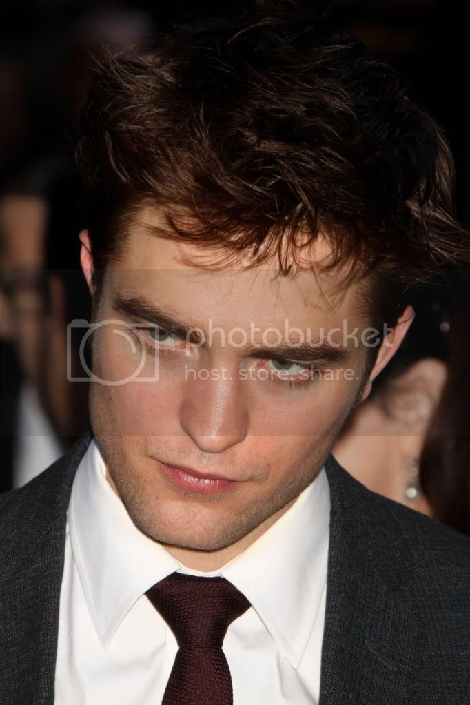 Noticias - Página 4 Pattinsonlife-WFE-NYP-26