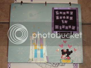 Lovey Dovey in Disney! -- PTR for Dec 2010. (Test) DSC00056