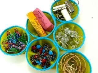 Organizzare cose piccole (bottoni, viti, spille....) 2462s8y