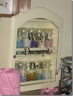 Organizzare cose piccole (bottoni, viti, spille....) R79o4w