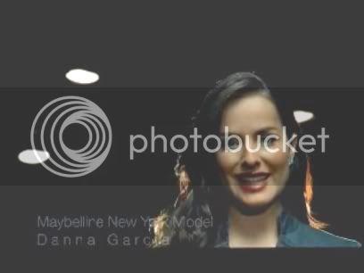 DANNA García..filantropia de Maybelline  A77c1ebd