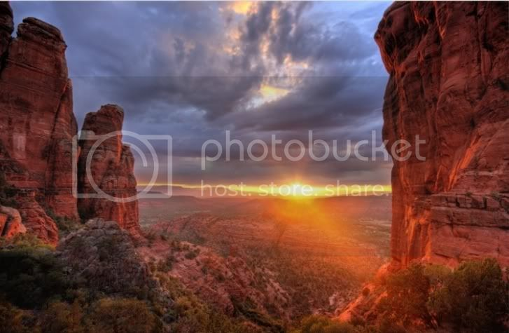 The Galactic Confederation Of  Worlds ~ ET's, Channelings And Questions - Page 6 Copyofgorgeous-sedona-arizona-sunset
