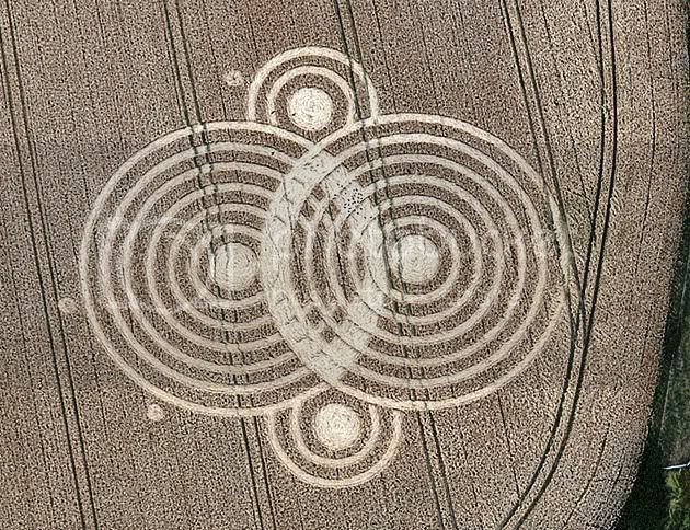 Crop Circles ~ All About These Beautiful Messages & Their Meanings!!!! WoolastonGrangeNrClapYAresGlouceste