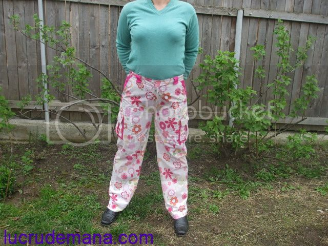 Concurs  - Pantaloni, de primavara - VOTAREA Fata