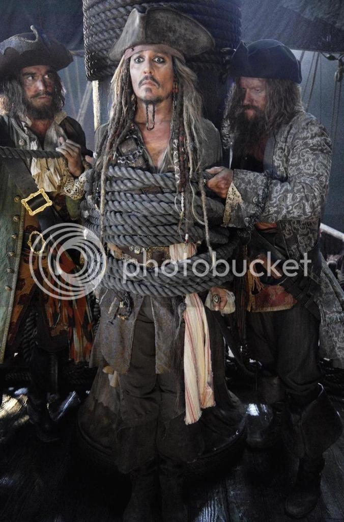 "Dead Men Tell No Tales - ""on set"" pictures - Costume Study [WARNING SPOILERS] DMTNT%2041_zpsya86bbif"