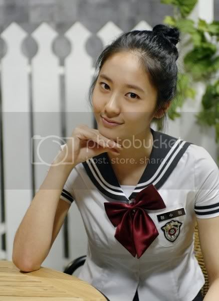 krystal sitcom Pictures, Images and Photos