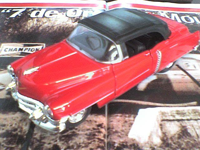 Mercedes Benz C-Class Sport Coupé / Cadillac Eldorado 1953 Convertible DSC00098-1