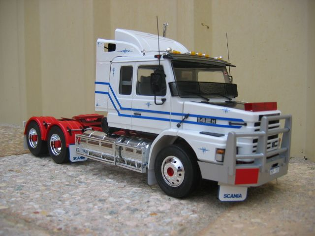 Scania photo 2newmodels010_zps1137aebe.jpg