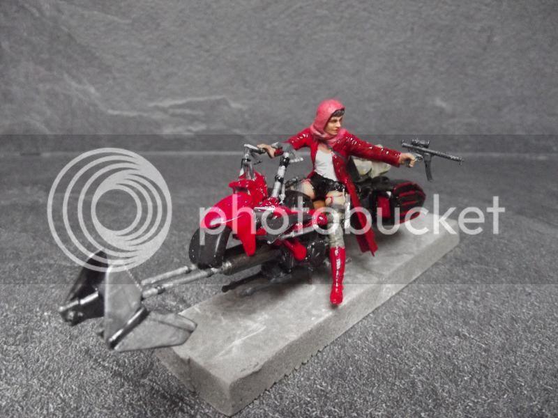 Petit chaperon rouge SCI-FI 1/35 figurine MB +loup Warhammer 007_zpsb73031ea