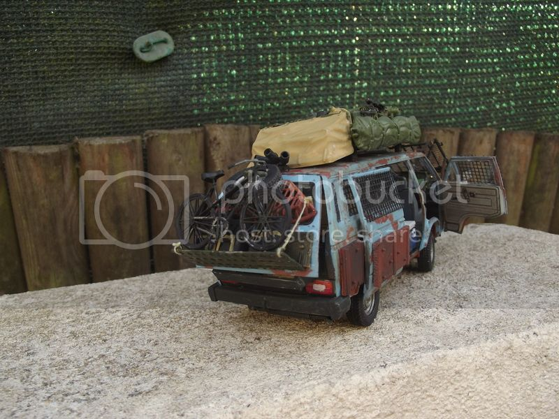 Bus T3 Volkswagen - Takom - 1/35 - Page 2 DSCF6453_zpsmi8valma