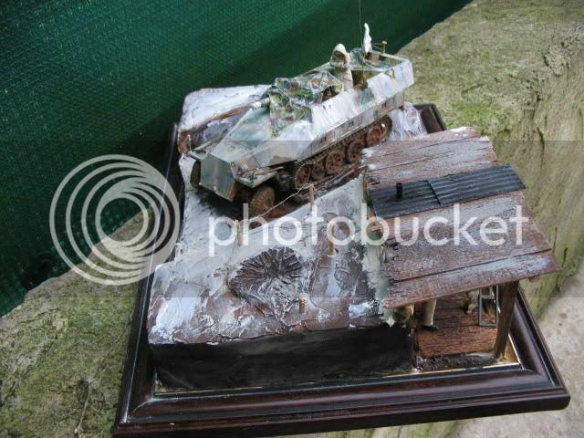 Sd.Kfz 251/9 Tamiya + figurines Dragon - 1/35 IMG_1604_4_1