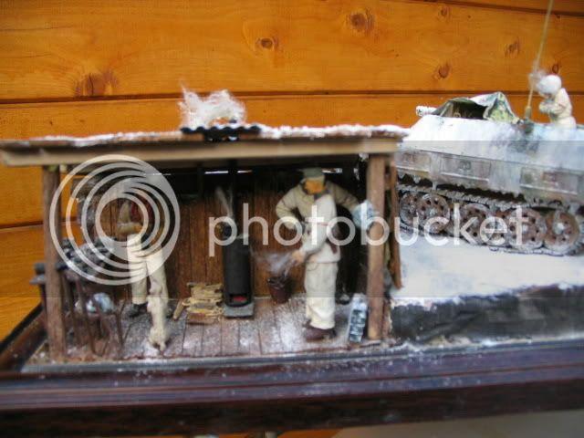 Sd.Kfz 251/9 Tamiya + figurines Dragon - 1/35 IMG_1605_5_1