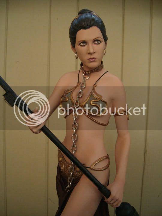 statue Leia Slave Premium Format sideshow - Page 2 Front1