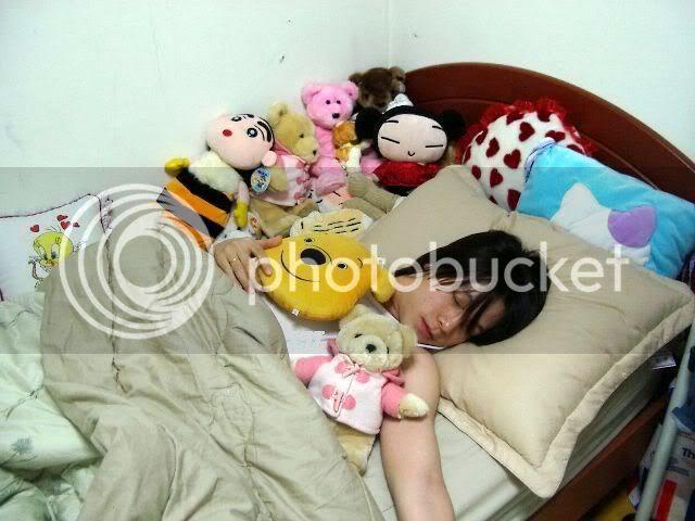 Asiaticos durmiendo , cual es el mas mon@?vota Sleeping