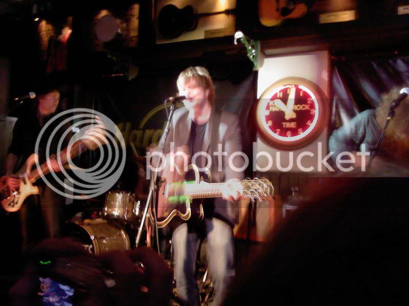 Ghosts @ Hard Rock Cafe, London 17/10/07 Simonrobbie