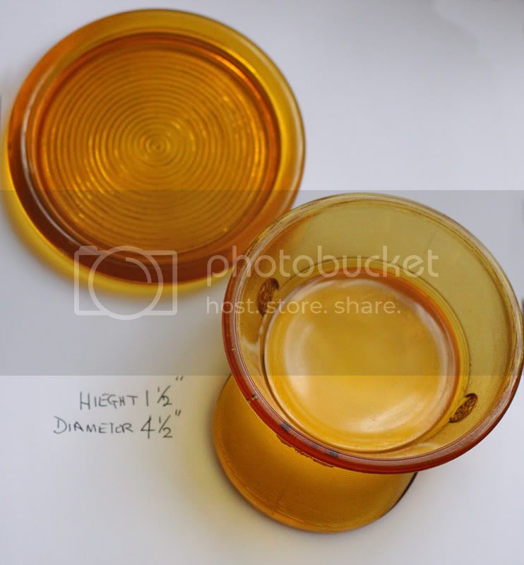 Pressed Glass Novelty cap  IMG_5871pb