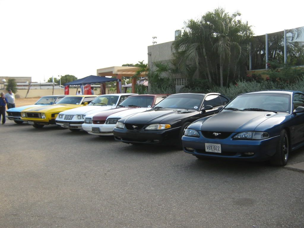 Primer concurso Zuliano de Automóviles Antiguos Clásicos y Modificados EXPOAUTO ZULIA 2010 Foto037