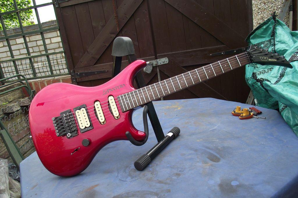 Pantera - $15 guitar refurb. Pantera X300 Pictures%20SA%20%20guitars%20476_zpsr0mws2ae