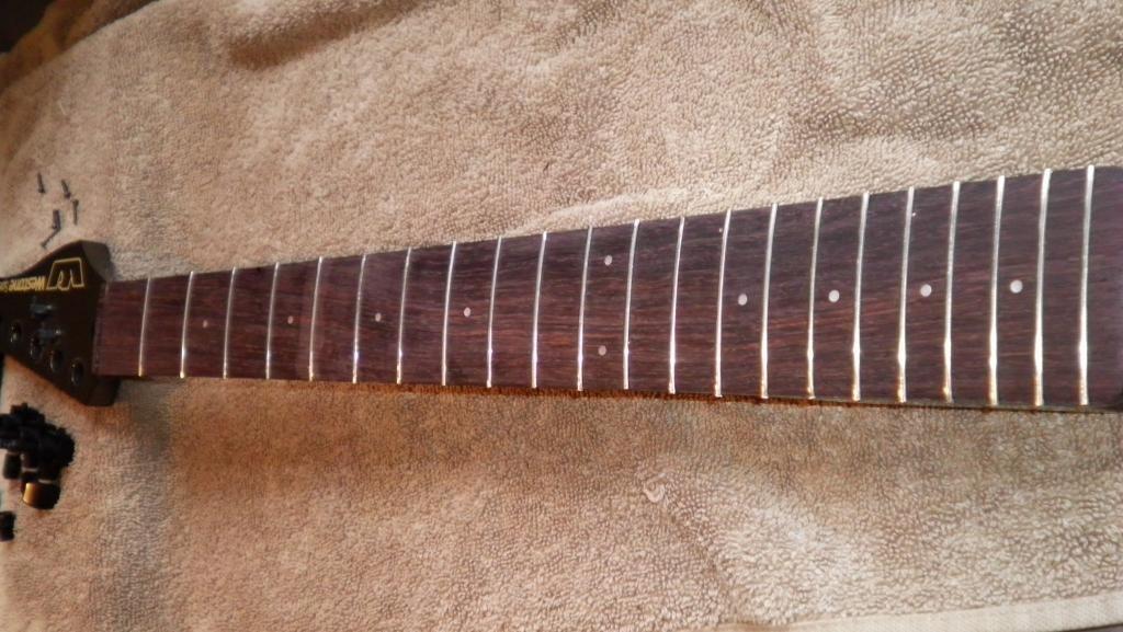 guitar - Fretless GUITAR (not bass!) on UK eBay... SANY1681_zpsa452d610