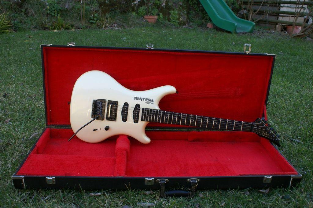 Pantera - $15 guitar refurb. Pantera X300 Westone-pantera-x300-216285_zpswpz8i6f2