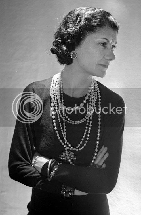 Coco Chanel - Página 6 1Cocopor
