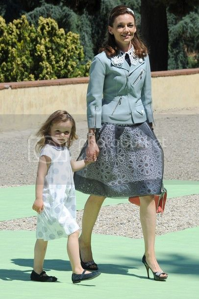 Los Borbón-Parma - Página 5 2012-06-wedding-aimee