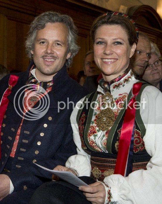 Martha Louisa de Noruega - Página 6 328eda416ed94e463f6f339f84f3089f_zps704ea9a0