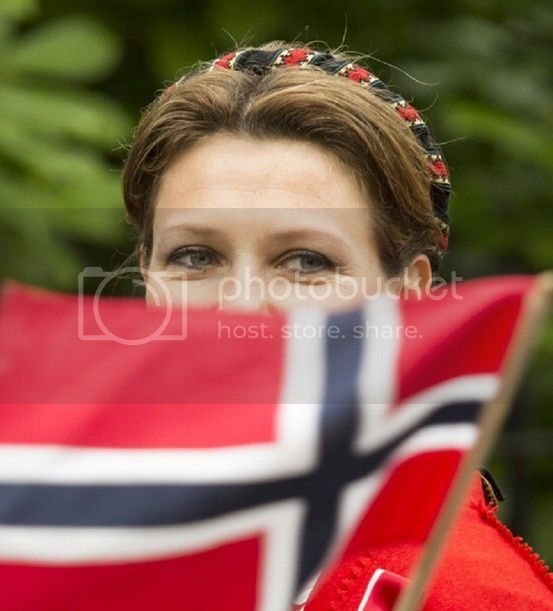 Martha Louisa de Noruega - Página 6 994acf49ff797b6c97a5082d59774b5d_zps938d9009