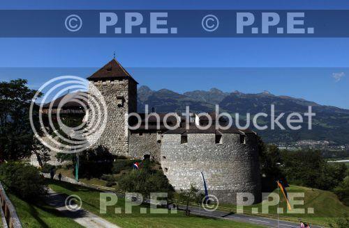 Casa de Liechtenstein - Página 9 PPE12081517