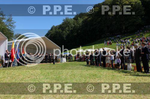 Casa de Liechtenstein - Página 9 PPE12081519
